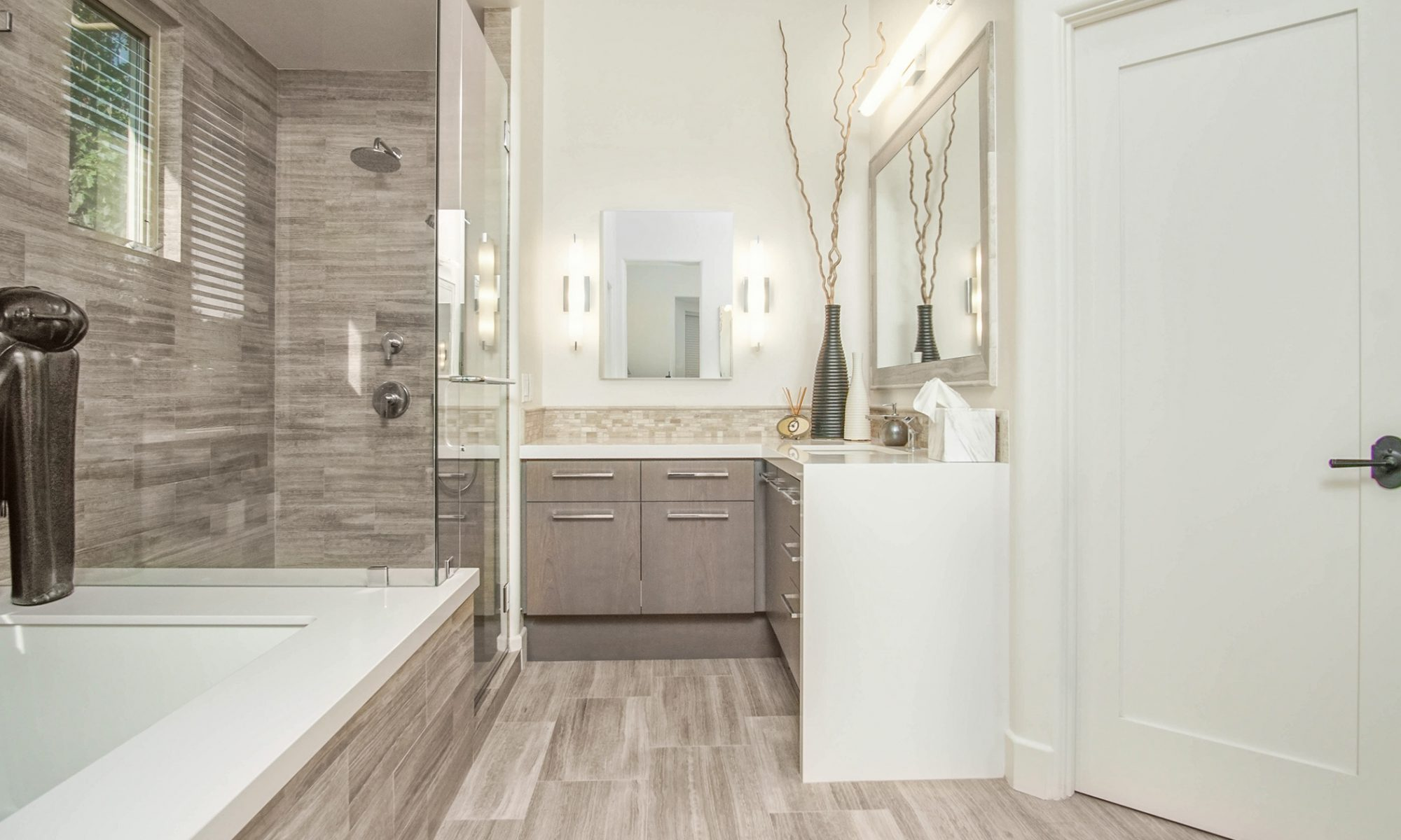 BATHROOMS | KITCHENS | REMODELS